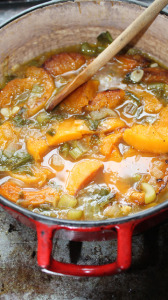 squash-soup-cooking
